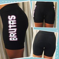 Bermuda de Ciclismo - Preta Básica Brutas - Cós alto - Bolsos