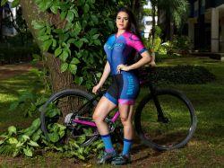 Macaquinho - Azul Eletrônico  - Manga Curta - Macaquinho de Ciclismo FOTOS MERAMENTE ILUSTRATIVA