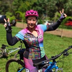 Camisa - Chiclete - Manga Curta - Camisa de Ciclismo